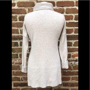 Lou & Grey Sweaters - NWOT Low & Grey Sweater
